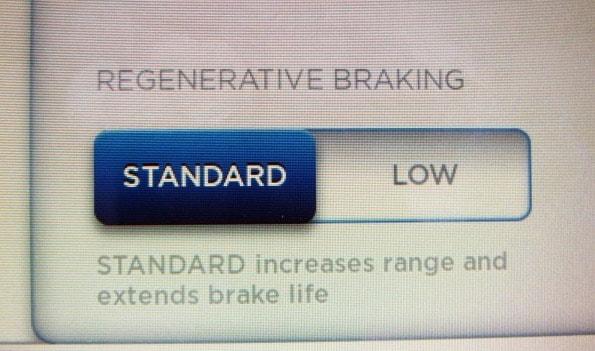 frenata rigenerativa tesla, modalità standard o low
